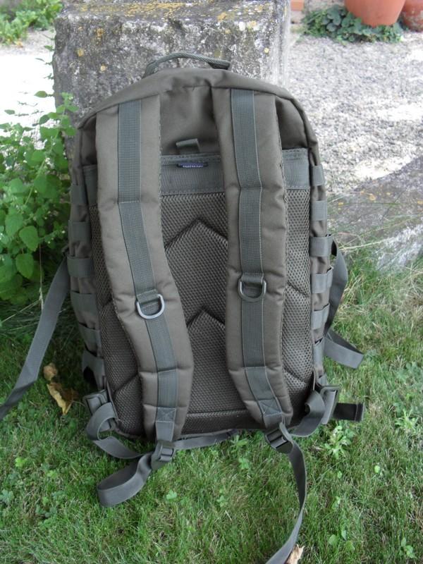 [Review] Miltec US Assault Pack LG 50L Sam_1611