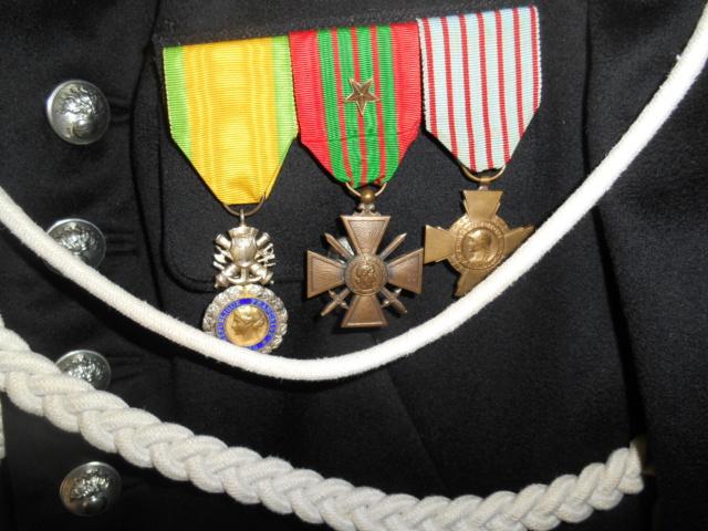 Gendarme - Tenue de cérémonie gendarme à cheval - VENDUE ! ! ! Dscn6733