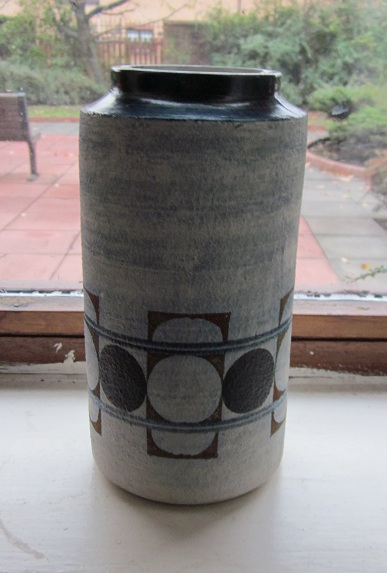 Troika Pottery Img_1613