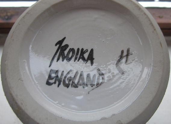 Troika Pottery Img_1614
