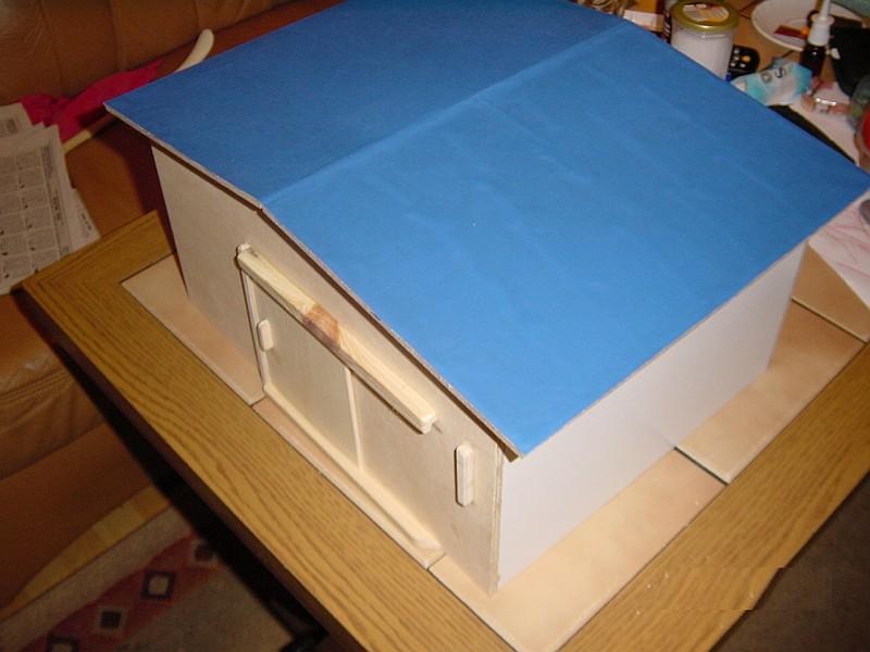 Stall für Spielzeugpferde Dachbl10