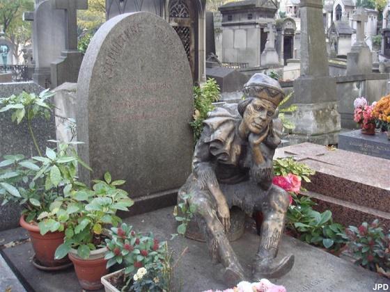 Les 7 sculptures les plus inquiétantes de Paris Statue12