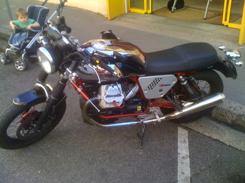 V7 racer Img_0927