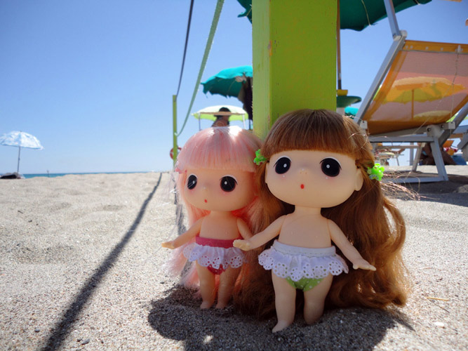 Beach girls! Ddung_14