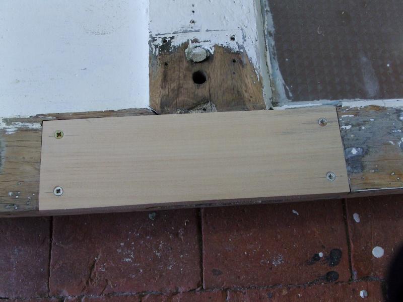 Réparation d'une porte autour de la serrure (RESOLU) Snb16716