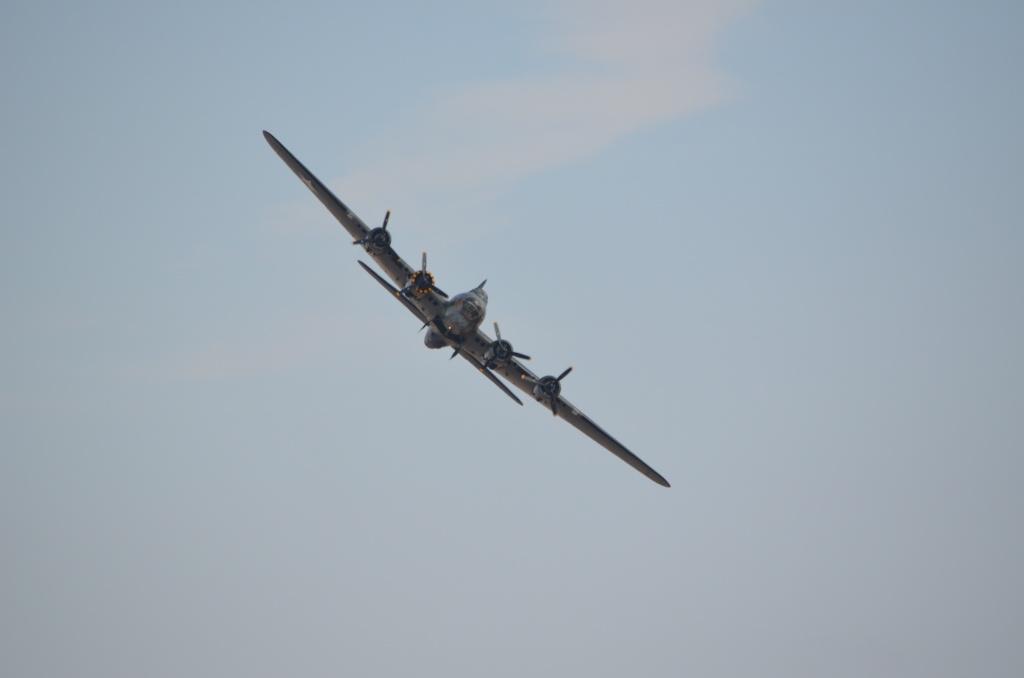 The Duxford Air show. B-17_f15