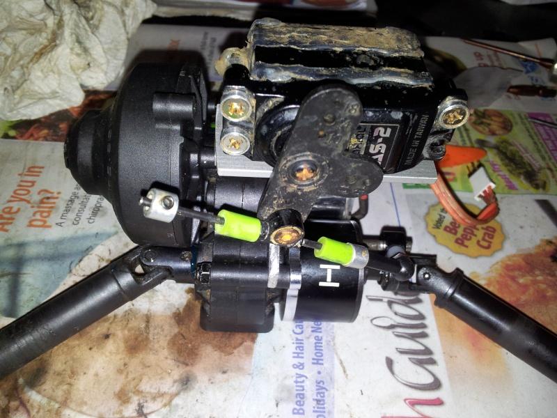 DIY Servo mount for Hot Racing Dig unit for SCX10 transmission 2012-010