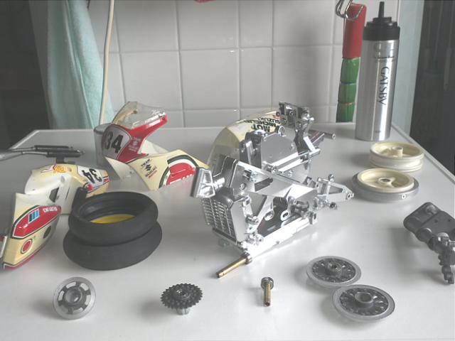 Sliverlit 1/12th bike Img33210