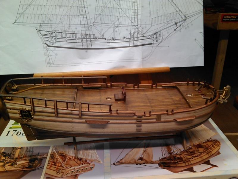 HMS HALIFAX au 1/35 de constructo  Img08211