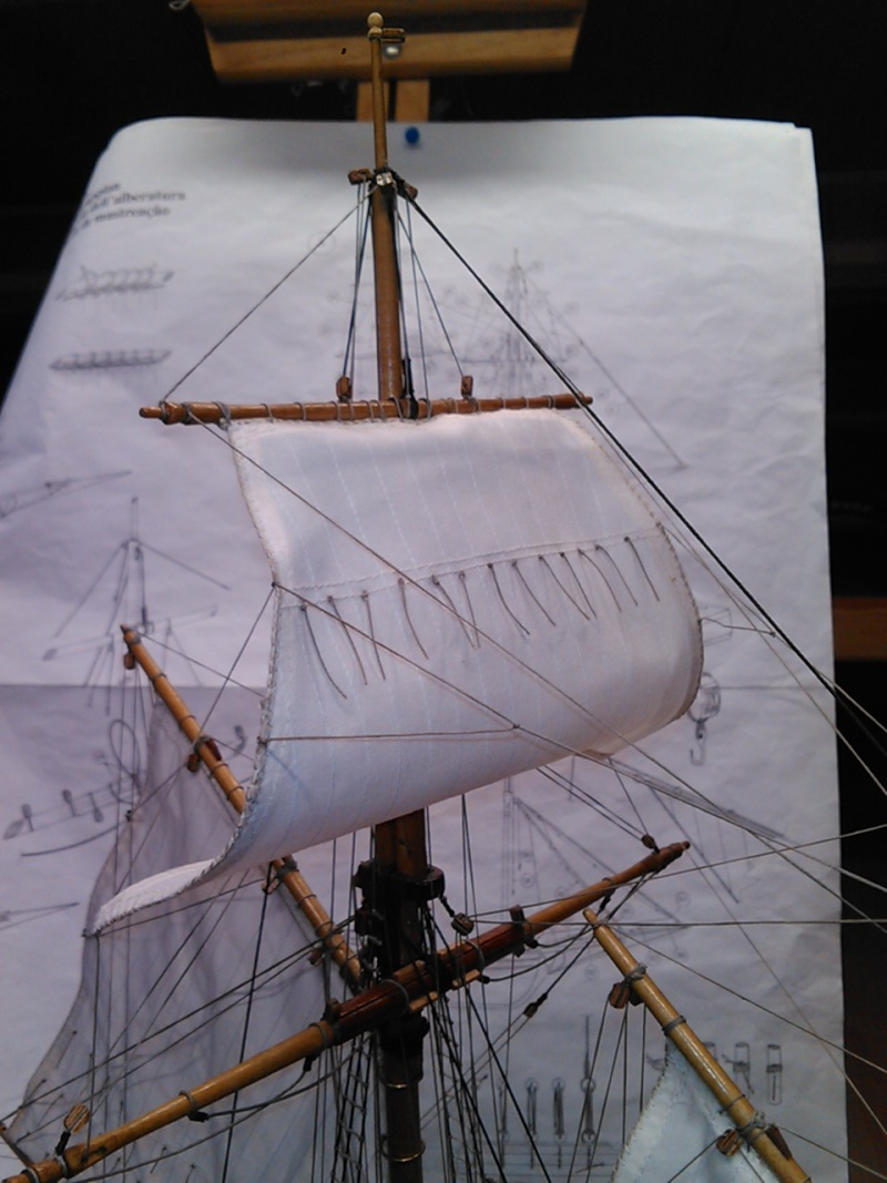 HMS HALIFAX au 1/35 de constructo  - Page 7 Img18010