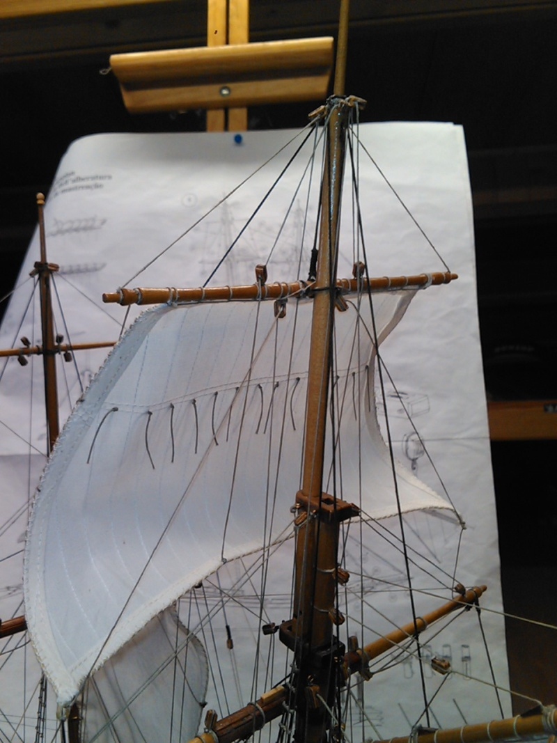 HMS HALIFAX au 1/35 de constructo  - Page 7 Img18210