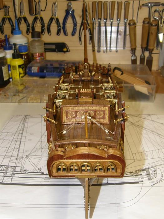 HMS HALIFAX au 1/35 de constructo  - Page 2 P1010068