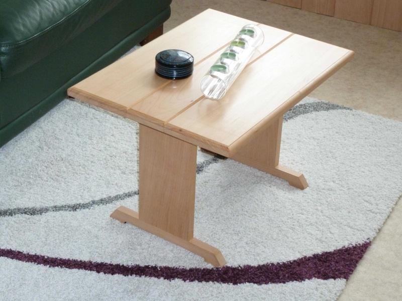 Petits meubles hêtre Table11