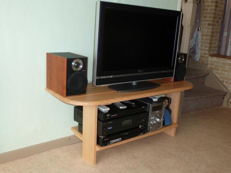 Petits meubles hêtre Tv12