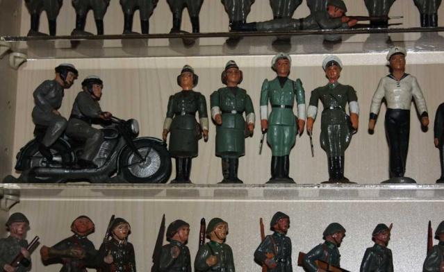 Volkspolizei als Spielzeug Img_3218