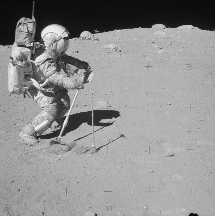 Apollo 16 EVA 3 - House Rock Anomalies As16-113
