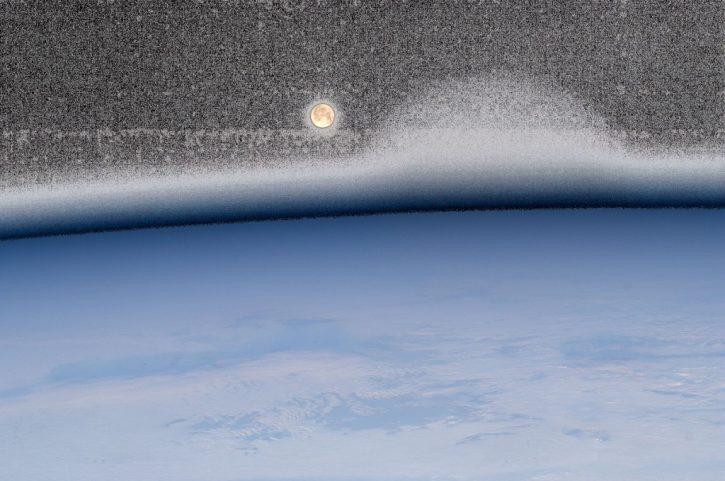 Moonset over the Atlantic Ocean 2012  Esc_la19