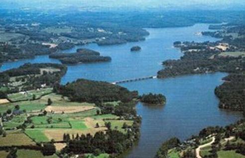 Lac de Maury – Grand lac public – L'Aveyron (12) Aa336