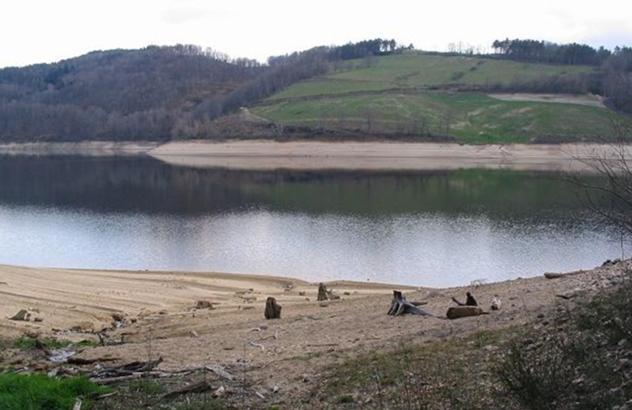 Lac de Maury – Grand lac public – L'Aveyron (12) Aa337