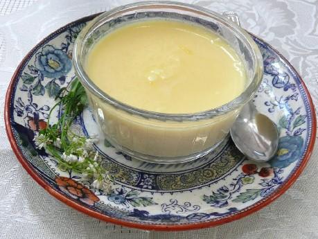 Crême dessert à l'aspérule odorante  Creme-10