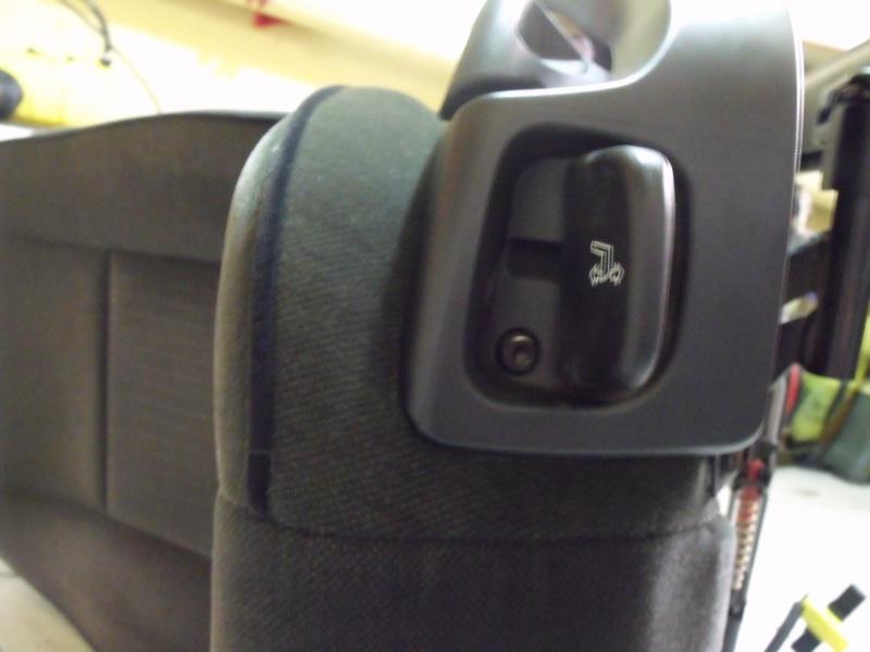 [BMW E39] Changement de l'assise du siège avant 2012_015