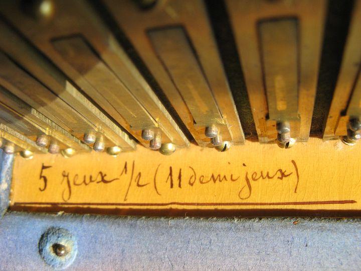 Datation des instruments de la Manufacture d'Alexandre Rousseau Rousse14