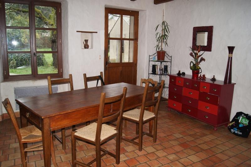 help pour id e de couleur table en bois. Black Bedroom Furniture Sets. Home Design Ideas