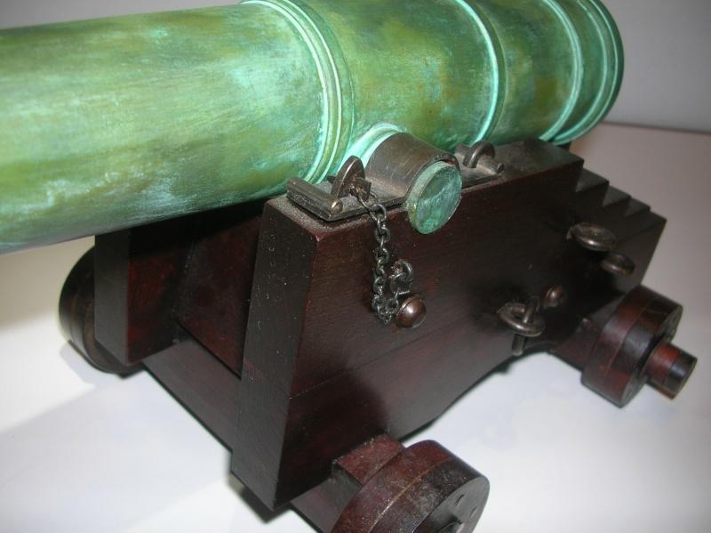 Una mia realizzazione:  cannone 68 PDR HMS Warrior 01910