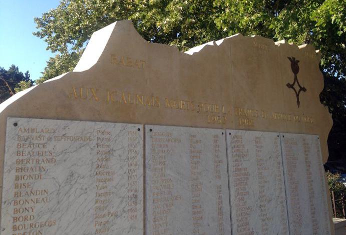 [ Histoires et histoire ] Monuments aux morts originaux Français Tome 2 - Page 12 Img_0311