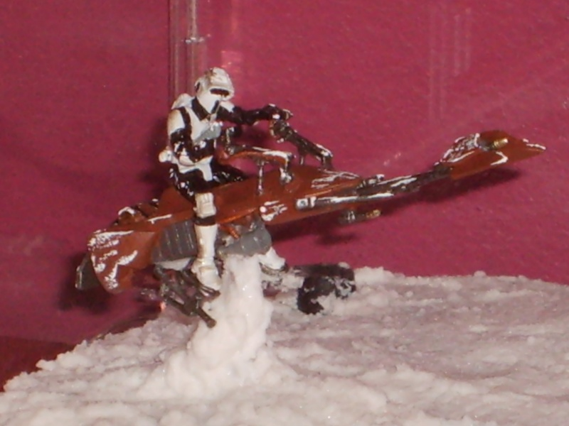 Diorama AT ST's / SCOUT TROOPER ON SPEEDER BIKE S5000016
