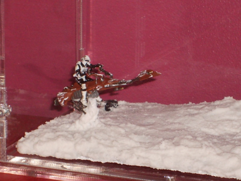 Diorama AT ST's / SCOUT TROOPER ON SPEEDER BIKE S5000020