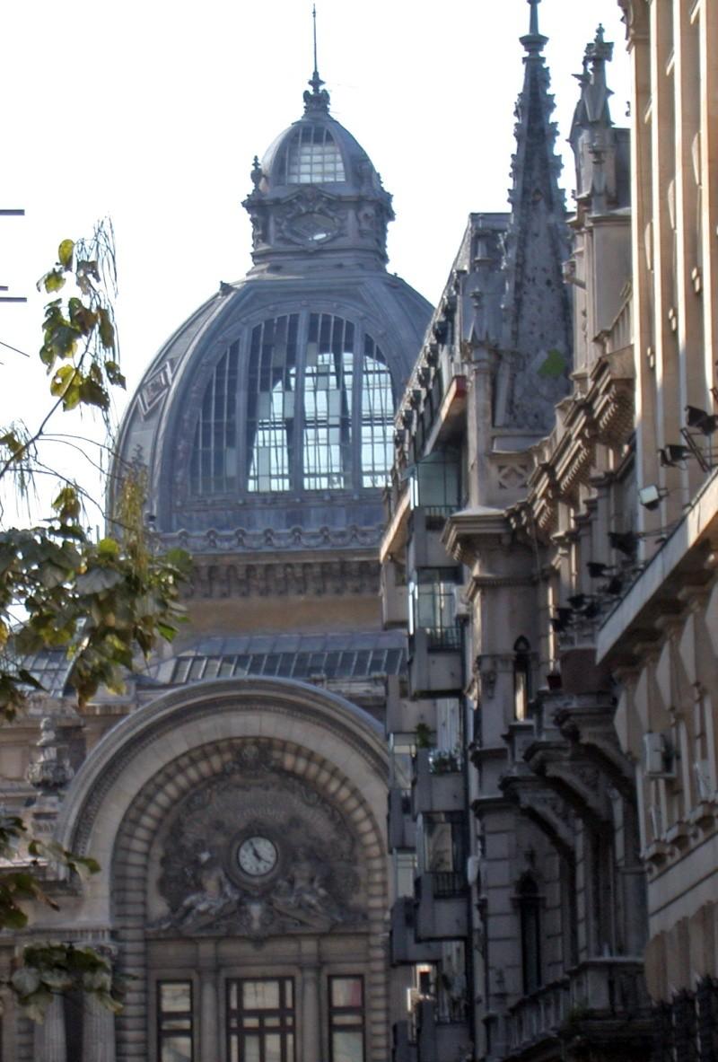 [Roumanie] - Le Palais CEC à Bucarest, siège de la plus ancienne banque de Roumanie  Bucare10