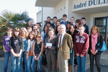Devoir de Mémoire des élèves de Surgères 2012_039