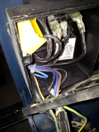 Branchement moteur / bouton marche/Arret sur scie sur table (Feider aujourd'hui feidwood) 2012-026