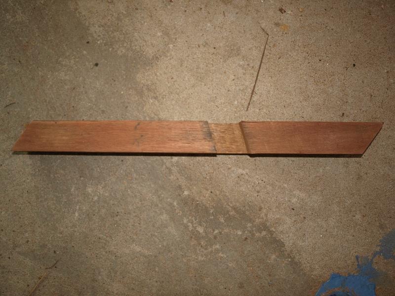 table basse d'un débutant en bois exotique P1018714