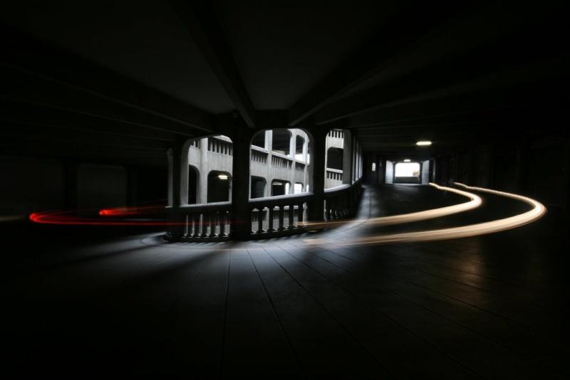 Le garage hélicoïdal de Grenoble, Isère 19870711