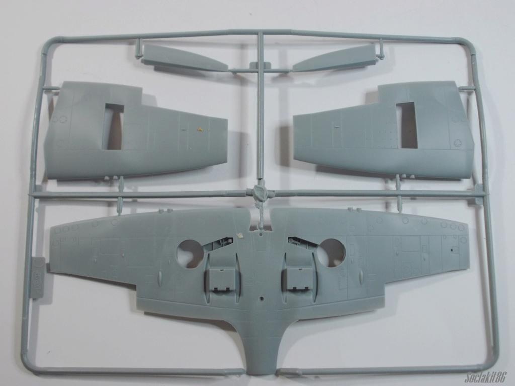 Spitfire LF-IXe with Soviet Pilot & Ground Crew 1/48 ( ICM 48803 ) 0731