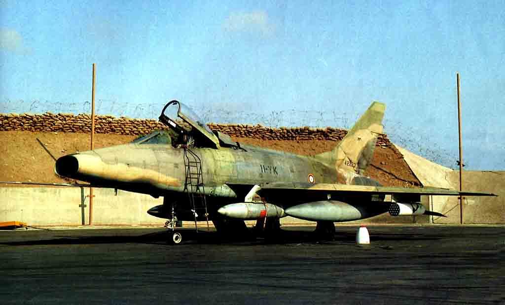 N.A. F-100 D Super Sabre (Trumpeter 1/48 ) 07_96_10