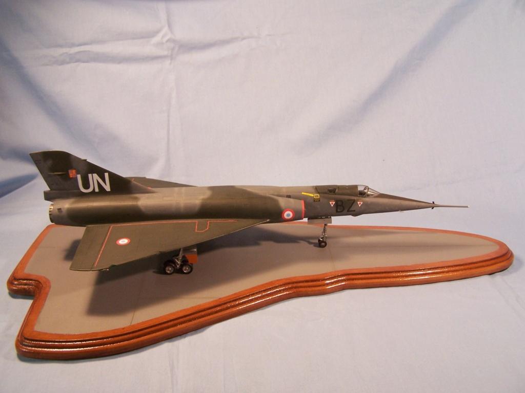 """Fil Rouge 2021 * Mirage IV A n°31/BD """"Opération Tobus """" (Heller 1/48)  - Page 2 100_4811"""