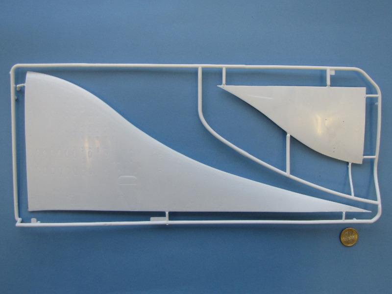 """[CONCOURS """"Ca brille""""] Concorde n°203 / F-BTSC - Heller -1/72 --> maquette détruite 10493-13"""