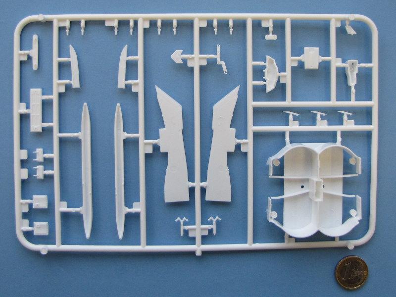 """[CONCOURS """"Ca brille""""] Concorde n°203 / F-BTSC - Heller -1/72 --> maquette détruite 10493-15"""