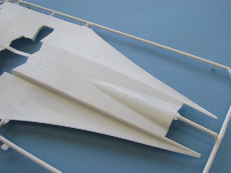 """[CONCOURS """"Ca brille""""] Concorde n°203 / F-BTSC - Heller -1/72 --> maquette détruite 10493-24"""