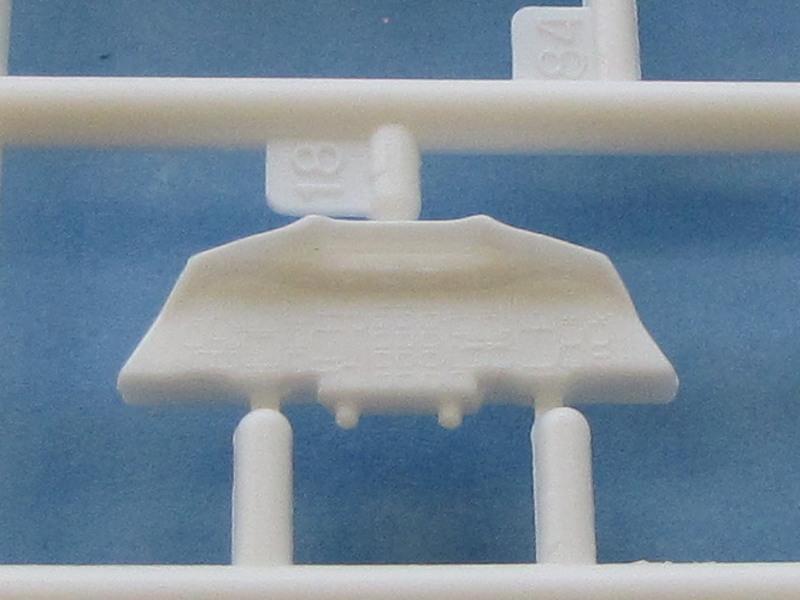 """[CONCOURS """"Ca brille""""] Concorde n°203 / F-BTSC - Heller -1/72 --> maquette détruite 10493-37"""