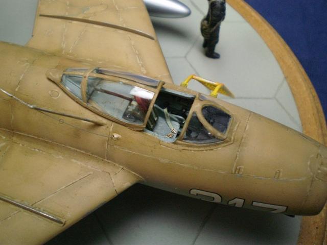 MiG-15 Bis ( Tamiya + Cockpit True Detail 1/48) 1110