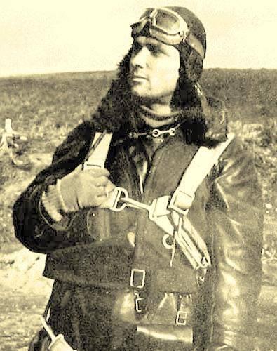 Yakovlev Yak-1 b  (Eduard L.E. réf 1126 au 1/48) de V.P. Pokrovskiy  14541612