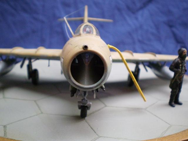 MiG-15 Bis ( Tamiya + Cockpit True Detail 1/48) 1511