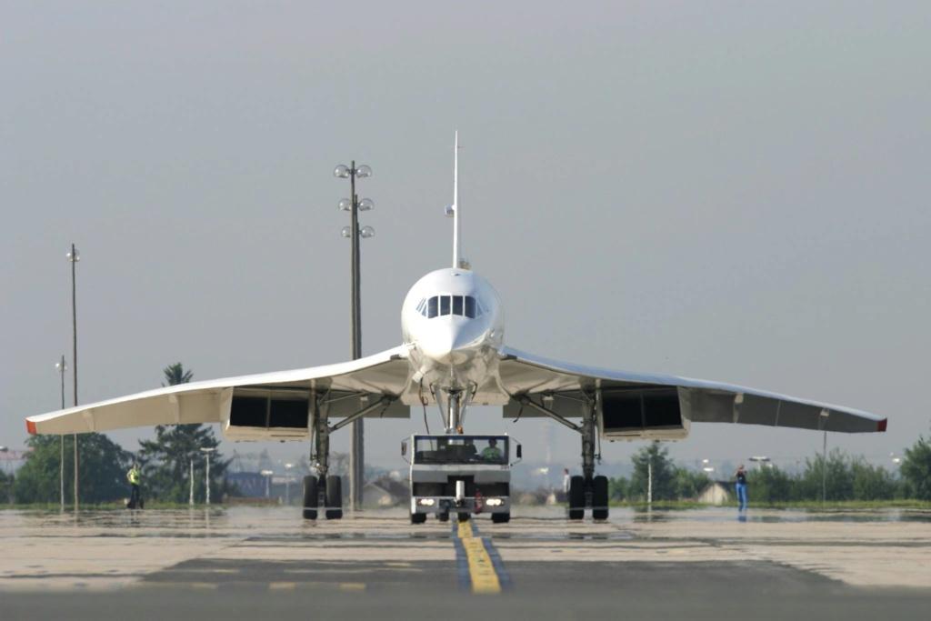 """[CONCOURS """"Ca brille""""] Concorde n°203 / F-BTSC - Heller -1/72 --> maquette détruite 16601810"""