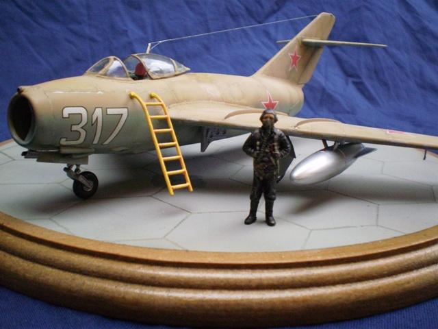 MiG-15 Bis ( Tamiya + Cockpit True Detail 1/48) 2010