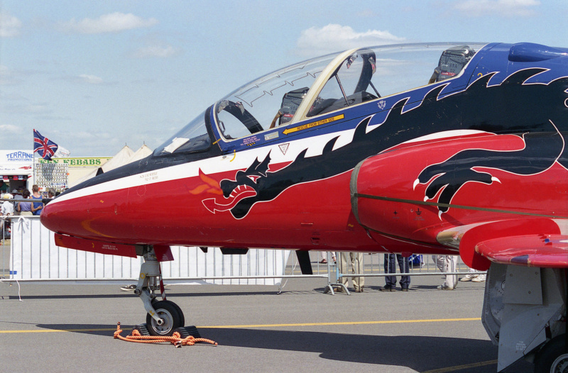 BAe Hawk T-1 (Revell 1/32) XX-172 St Athan Station Flight 1995  - Page 2 33359110