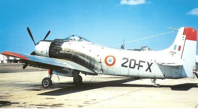 AD-4 Skyraider n°123895 /SFERMA 110 de l'EC 3/20  (Tamiya 1/48) 41496510